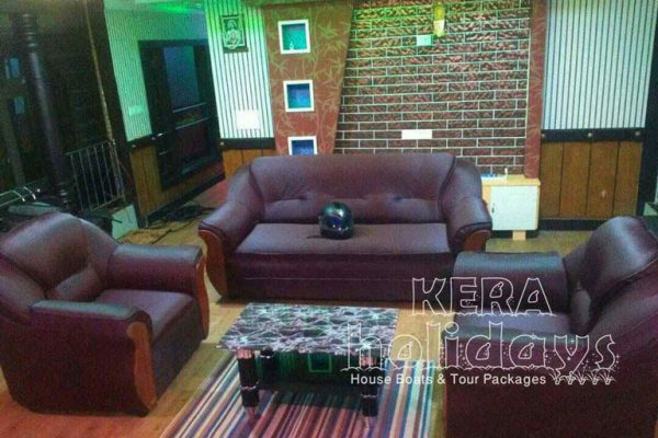 7-bedroom-houseboat-kera-1